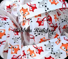 Hey, I found this really awesome Etsy listing at http://www.etsy.com/listing/166656437/woodland-foxes-on-78-grosgrain-ribbon