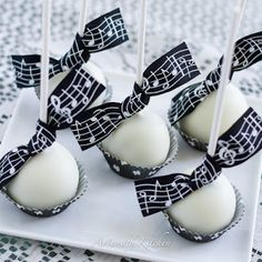 ArtandtheKitchen: Cake Pops-Made from Scratch Chocolate inside with White Chocolate coating.