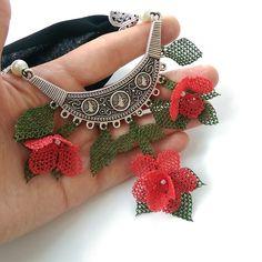 Knitting Yarn, Crochet Necklace, Crafts, Instagram, Jewelry, Sultan, Design, Diy Kid Jewelry, Needlepoint