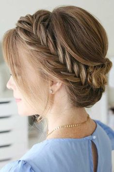 You should never underestimate the power a fishtail braid contains. Once you are through with our gallery, you will understand the meaning of this! Enjoy!#hairstyle#fishtailbraid