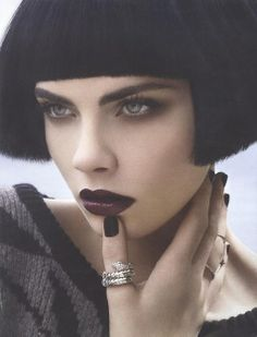 Discovered by Cara Delevingne. Find images and videos about black, model and cara delevingne on We Heart It - the app to get lost in what you love. Cara Delevingne, Beauty Makeup, Hair Makeup, Hair Beauty, Goth Beauty, Beauty Editorial, Editorial Fashion, Looks Dark, Foto Fashion