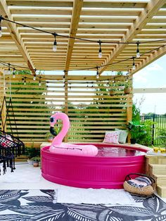 The 9 BEST stock tank pool ideas - the most creative DIY stock tank swimming pools including painted stock tank pools, pool liners inside the stock tank Piscina Diy, Stock Pools, Stock Tank Pool, Baby Pool, Kid Pool, Galvanized Stock Tank, Diy Swimming Pool, Swimming Memes, Pool Designs