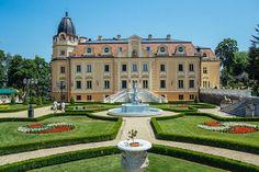 Szapáry-kastély, Sorokpolány Hungary, Budapest, Mansions, House Styles, Minden, Travel, Home Decor, Viajes, Traveling