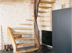 http://www.maison-travaux.fr/maison-travaux/amenagement/avant-apres-amenagement/une-ferme-transformee-en-maison-moderne-7359.html