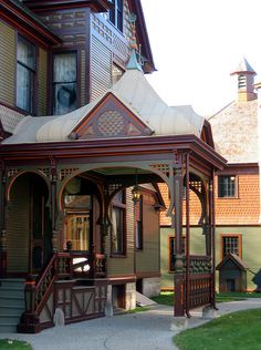 Porte-cochere, On the Hackley House in downtown Muskegon, Michigan