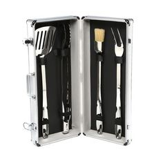 All-Clad All Proffessional 5 Piece Barbecue Tool Set Set Barbecue, Barbecue Recipes, Summer Barbeque, Barbecue Sauce, Grilling Recipes, Cooking Recipes, Kitchen Grill, Clean Grill, Bbq Grill