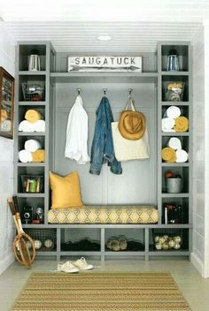 Cute bench with storage cubicles. I always need more storage possibilities. Good DIY project.