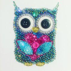 Bright Owl button art