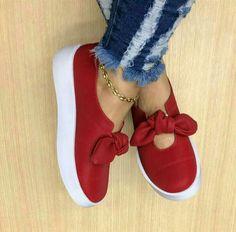 Sapatinho Pretty Shoes, Cute Shoes, Me Too Shoes, Cute Sandals, Shoes Sandals, Shoes Sneakers, Nautical Shoes, Sneakers Fashion, Fashion Shoes