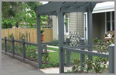 wood and wire fence designs   type of fence that can be made to match most period style houses.