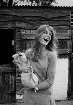 David Hurn | G.B. ENGLAND. High Wycombe, Jean SHRIMPTON at the family farm. Jean (known as Shrimp) more than any other model of the 60s, can lay claim to having been the world's first supermodel. 1966