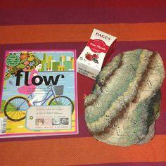 Se donner du courage pour ce début de semaine! #flow #flowmagazine #tricot #knitting #tisane #infusion #knittingkeepsmesane #iknitsoiwontkillpeople #iknit #knitshawl #knit #knitaddict #monday #courage by emyd03