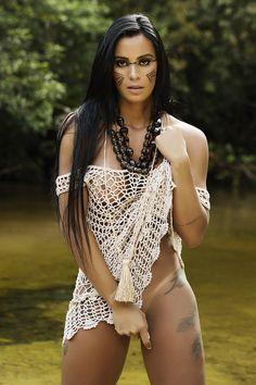 MC Pocahontas faz um ensaio sensual - Pesquisa Google