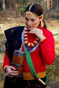 Een Limbu-vrouw in Sikkim. Kijk voor meer reisinspiratie op www.nativetravel.nl