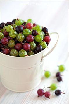 ??  Gooseberries  ??.