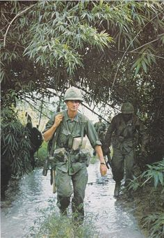 The US soldiers faced many challenges while fighting in Vietnam. Some of the challenges included the topography in Vietnam, for they had to fight in dense jungles, and the brutal heat. Vietnam History, Vietnam War Photos, North Vietnam, Vietnam Veterans, American War, American Soldiers, American History, War Novels, My War