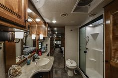 Luxury Fifth Wheel, Stackable Washer And Dryer, Fiberglass Shower, 5th Wheels, Counter Space, Closet Space, Floor Plans, Camping, Small Houses