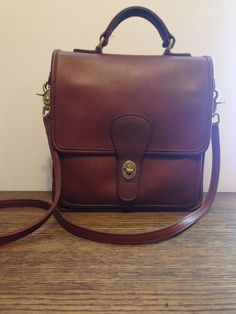 Coach Vintage Station Purse 5130 British Tan Cross Body Thick Supple Leather  USA bbf168f626
