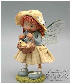 fairy puppets / fotogalerij | enaidsworld Little Girl Illustrations, Felt Books, Baby Fairy, Polymer Clay Dolls, Sculpture Clay, Ceramic Sculptures, Japanese Pottery, Fairy Dolls, Fairy Land