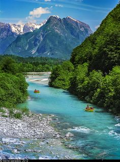 """This is the Soca River, aptly named the """"Emerald Beauty! 😍 Its a 136 km river that flows through western Slovenia and is famous for its emerald green water! 🙌🏽 Soca is actually one. Visit Slovenia, Slovenia Travel, Slovenia Info, Bled Slovenia, The Places Youll Go, Great Places, Places To See, Amazing Places, Dream Vacations"""