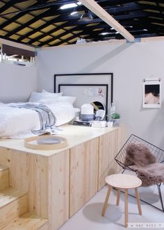 A day with V: Ikea design week 2017 Ein. week A day with V: Ikea design week 2017 A day with V: Ikea design week 2017 Small Bedroom Hacks, Diy Bedroom Decor For Teens, Teen Room Decor, Ikea Design, Ikea Bedroom, Home Bedroom, Bedrooms, Bed Ikea, Bedroom Storage