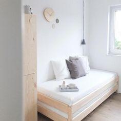 Ikea Daybed, Ikea Sofas, Minimalist Interior, Minimalist Bedroom, Minimalist Home, Bedroom Office Combo, Guest Room Office, Black Interior Design, Diy Sofa
