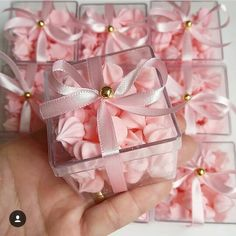 Discover thousands of images about Ballerina Birthday party ideasThese are cute favors. Wedding Favors And Gifts, Party Favors, Party Party, Party Treats, Childrens Party, Baby Shower Parties, Wedding Table, Gold Wedding, Diy And Crafts