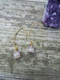 Rose Quartz Earrings by smkjewelrydesigns on Etsy