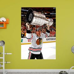 Fathead NHL Andrew Shaw 2013 Stanley Cup Hoist Wall Mural - 71-71382