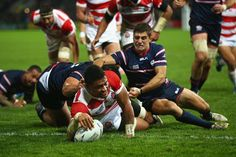 M40: United States 18 Japan 28 Japan ended their World Cup campaign exactly how they started it - by making history. Three weeks after causing the sport's greatest upset through defeating South Africa in Brighton, Eddie Jones's team saw off the United States 28-18 at Kingsholm. By doing so, they became the first team in 28 years of World Cup rugby to win three pool games and not secure a quarter-final place.