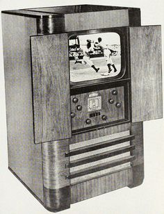 An early Dumont television set ad from 1941. #vintage #1940s #TV