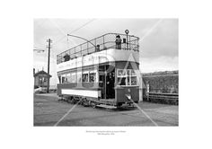 Howth tram leaving the station en route to Sutton. December 1956 See more photos like this at www. Fine Art Photo, Photo Art, Old Pictures, Old Photos, Images Of Ireland, Old Trains, Old Video, Historical Images, History Photos
