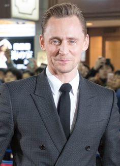 Tom Hiddleston at Tokyo Premiere of Kong Skull Island on March 15, 2017. Source: https://twitter.com/oriver_cinema/status/841969973492776960