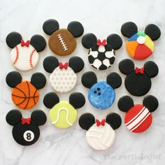 Could it be? Another post involving Disney themed Mickey Mouse cookies? Absolutely! Usually there is a reason I create the Disney theme...