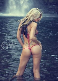Jessa Rhodes Waterfall by GlamWorks NW on 500px