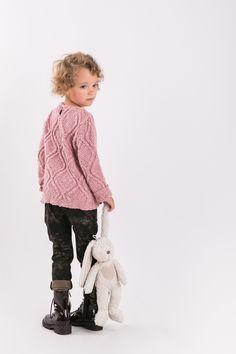 BATIK PANTS Set of two pairs of cotton comfortable pants - the same for mom and doughter. #fashion #thesame #brownpants #poland #kidsfashion #womanfashion #momandchild #girlfashion #boyfashion #elegant #comfortable #stylishkids #stylishmother #stylishgirl  http://www.thesame.eu/kategoria/spodnie-i-szorty-2/spodnie-batik-kids
