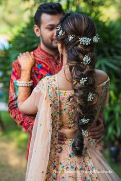 Ashika Jain Bridal Day time Hair Style – Braids with Decorative flowers Picture courtesy:Happy Flashbacks Bride's Outfit:Tusya Couture at Chandni Chowk Makeup Artist: Makeovers by Vishal & Swati - Station Of Colo Bridal Hair Buns, Bridal Braids, Bridal Hairdo, Indian Wedding Hairstyles, Bride Hairstyles, Headband Hairstyles, Long To Short Hair, Braids For Long Hair, Messy Braids