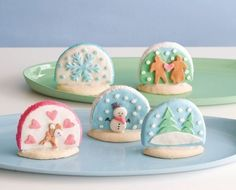Snow globe cookies for Christmas
