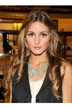 Olivia Palermo. Caramel hair color, I think this is what I'm going to try next time I go in to get my hair done!