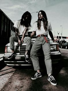 Tavthebabe and Deb are wearing the Shepherd's Check print, number 8 of the 25 G-Star Elwood prints. Look At My, Look Cool, Looks Style, My Style, Streetwear, Mode Grunge, Checker Pants, Estilo Retro, Looks Vintage