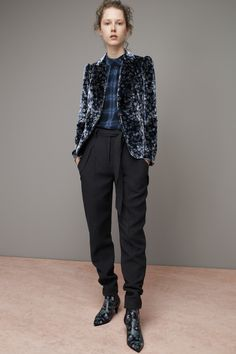 Rebecca Taylor Fall 2016 Ready-to-Wear Fashion Show  http://www.theclosetfeminist.ca/   http://www.vogue.com/fashion-shows/fall-2016-ready-to-wear/rebecca-taylor/slideshow/collection#17
