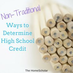 Non-Traditional Ways to Determine High School Credit There are many different ways you can determine high school (and sometimes college) credit for y School Hacks, School Fun, School Stuff, School Ideas, Highschool Sophomore, High School Credits, Homeschool High School, Homeschooling, High School Transcript
