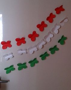 HappyShappy - India's Own Social Commerce Platform Independence Day Activities, Independence Day Decoration, 15 August Independence Day, Happy Independence, School Board Decoration, School Decorations, Whiteboard, Indepedence Day, Diy For Kids