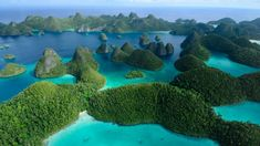 If you still have no idea about where to go during your holiday, include these 5 best Indonesia tourism objects in your itinerary. Destin Beach, Beach Trip, Beach Travel, Raja Ampat Islands, West Papua, Turkey Photos, Cheap Cruises, Exotic Beaches, Travel News