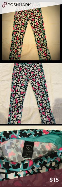Live Love Dream Capri Printed Leggings Aeropostalé Live Love Dream Puzzle Pieces Capri leggings size XS in teal, pink, white, and black, small stain on knee Aeropostale Pants Leggings