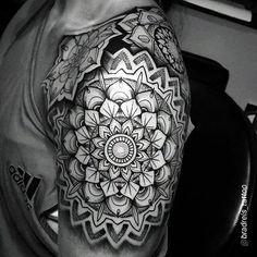 45 Sexy Mandala Tattoo Designs that Provoke the Fashion Within