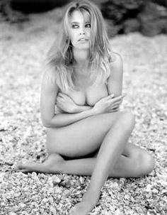 Claudia Schiffer Beach