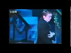 Wao Yoka dancing with herself - Takarazuka Revue dance tribute