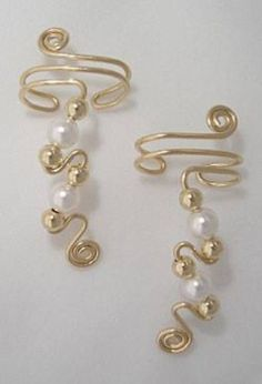 Our Ear Wraps, also known as Ear Cuffs or Ear Climbers can be customized with your choice of crystals, gemstones or beads. Ear Jewelry, Beaded Jewelry, Jewelery, Handmade Jewelry, Jewelry Making, Skull Jewelry, Hippie Jewelry, Wire Wrapped Earrings, Wire Earrings