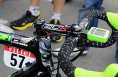 """""""Peter Sagan's Cannondale sported a bell at the start of stage 6"""" #tdf Tour de France 2012    Photo: © Bettini"""